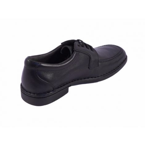 Zapato con cordones en piel negra Tolino