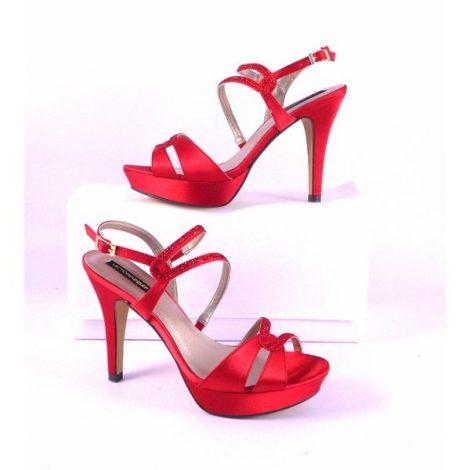 Sandalias Victoria Delef en color rojo con pedrería