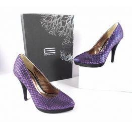 Zapato salón cocktail de E.Ferri en morado metalizado con negro