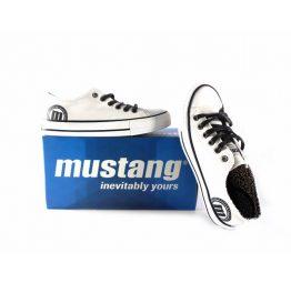 Deportivas (bambas) Mustang lona blancas