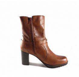 Botas de media caña Marila Shoes en piel con tacón en color cuero