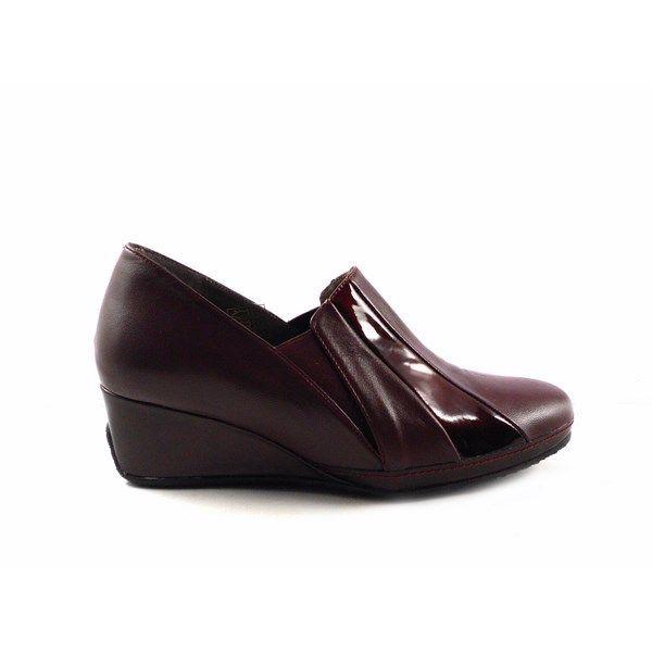 Zapatos confort J. Montesinos con plantilla extraíble en color burdeos