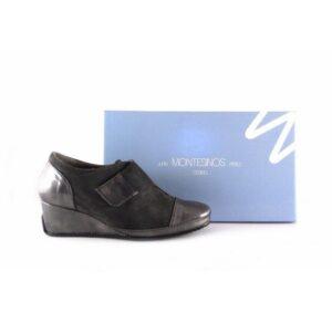 Zapatos confort J. Montesinos con plantilla extraíble y cuña en charol color gris