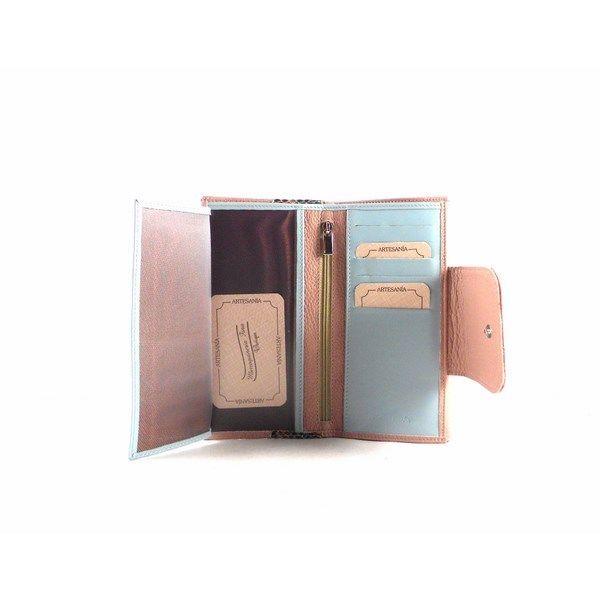 Billetera para mujer de piel Nilo combinada en rosa maquillaje