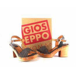 Sandalias de tacón Nadiuska de Gioseppo en color marrón 28013