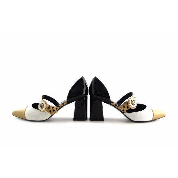 Zapatos Gabriela 1927 napa biscuit con charol blanco y lunares