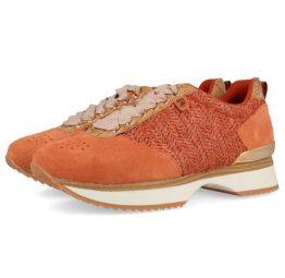 Sneakers de mujer Gioseppo color coral 43308 con diferentes texturas