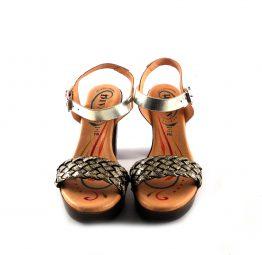 Sandalias de tacón D'Ivan trenzadas color champán