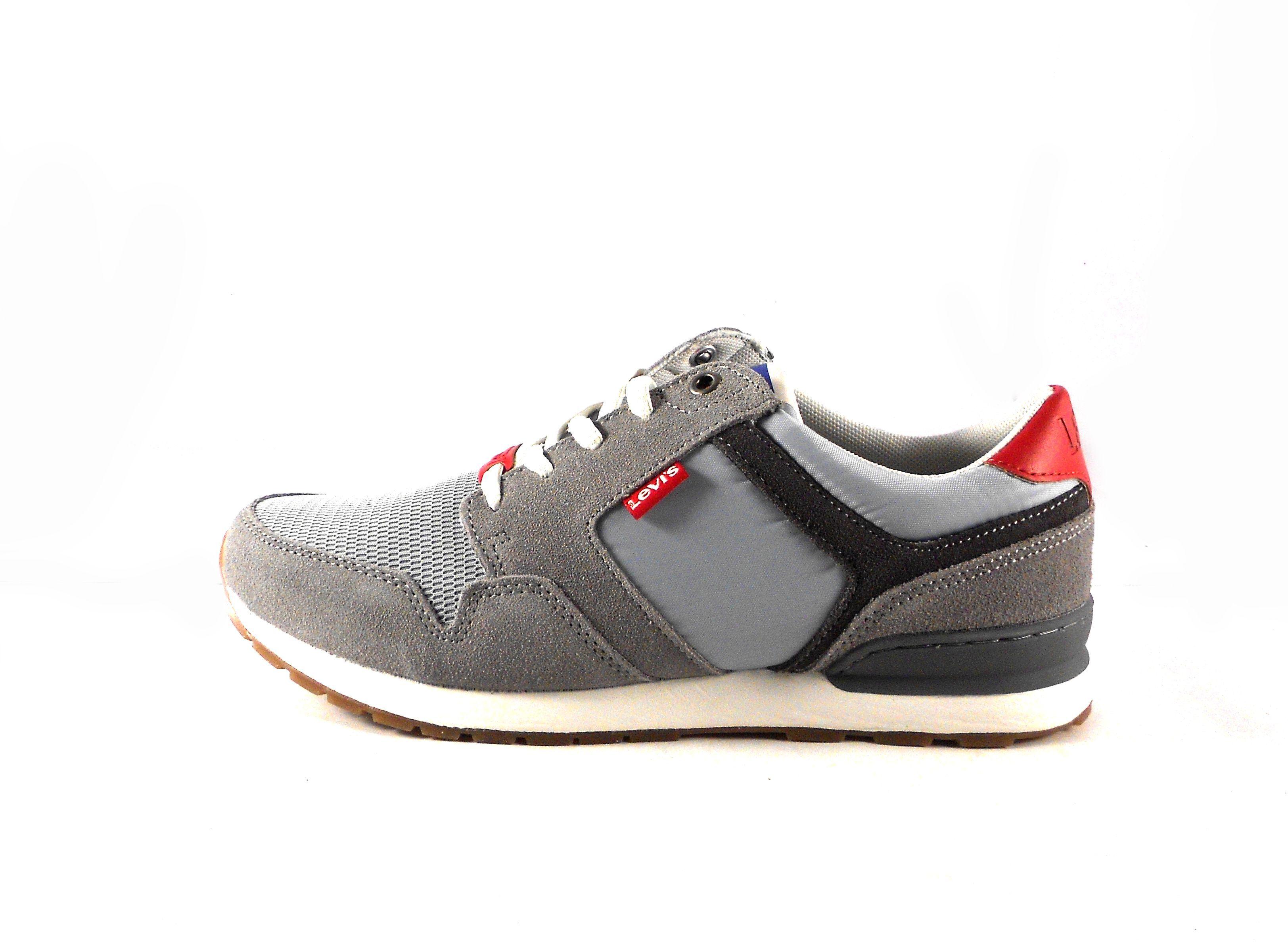 ed90498f7b0 Zapatillas para hombre Levi s NY Runner 2.0 color gris