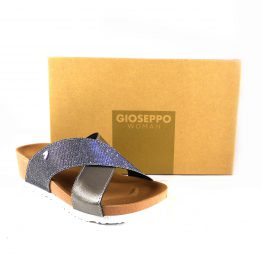 Chanclas plateadas de tiras cruzadas Gioseppo con suela bio para mujer
