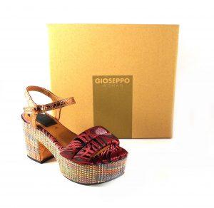 Sandalias de tacón y plataforma Gioseppo 44075 en burdeos con detalle dorados