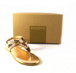 Sandalias planas de piel Gioseppo rosa metalizado con detalle de cuentas 45281