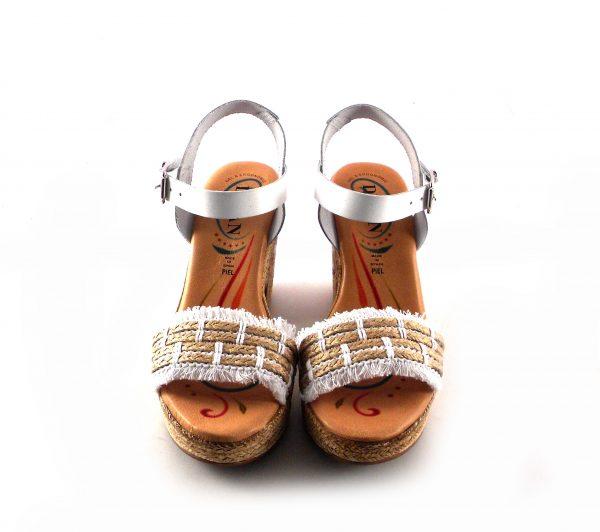 Sandalias de tacón de esparto D'Iván en piel color blanco combinado