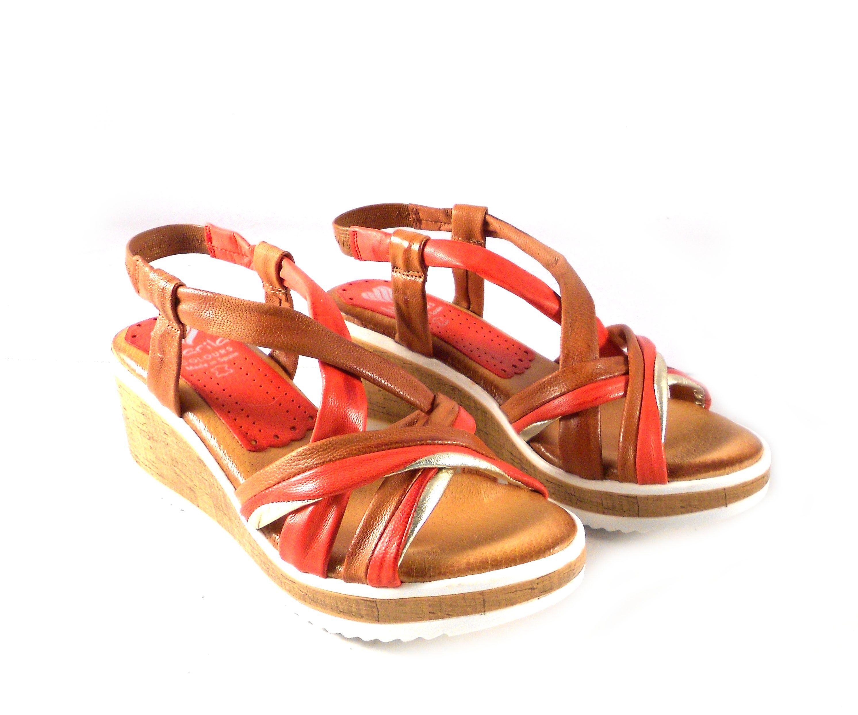 600dd216127 Sandalias de cuña Marila Shoes N315 de tiras cuero y naranja