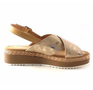Sandalias planas con cuña baja D'Angela modelo Rosie color oro