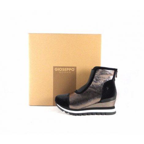 Sneakers Gioseppo tipo botín en plateado con cuña interna 46527