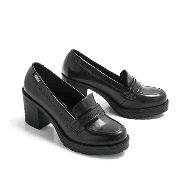 comprar más nuevo zapatos exclusivos sitio de buena reputación Zapatos de tacón tipo mocasín color negro Mustang 57852