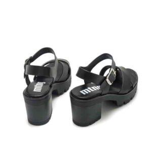 Sandalias con tacón medio MUSTANG Saba color negro